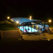 Nouveau: piscine couverte et chauffée au château !